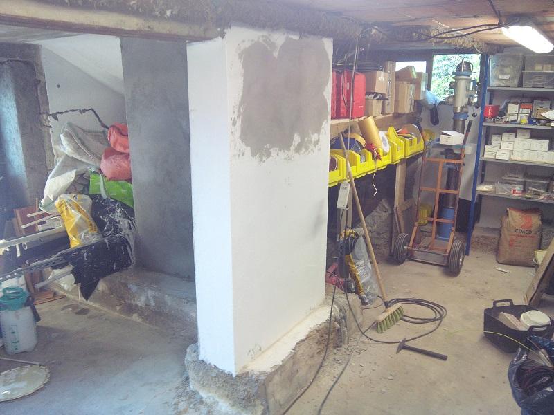 Atelier en sous sol :)  18_Atelier_Gauche